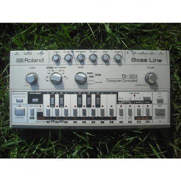 Custom Roland TB-303 (Box+Cover+Batteries)