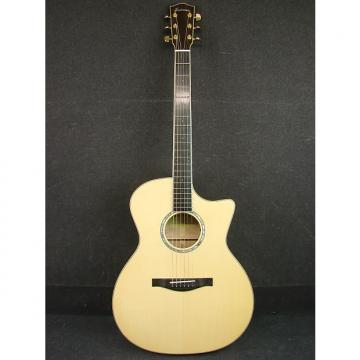 Custom Eastman AC622CE Solid-Top Grand Auditorium Acoustic/Electric Guitar W/Case