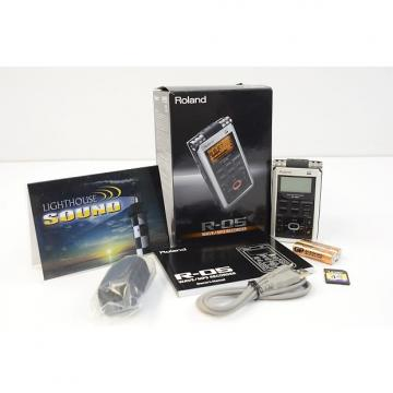 Custom Roland R-05 WAVE/MP3 Recorder - In Box
