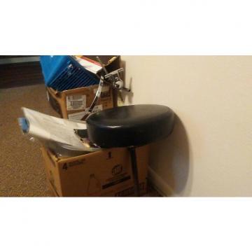 Custom Gibraltar Round Throne Top With Spiral Shaft. Na Black Vinyl