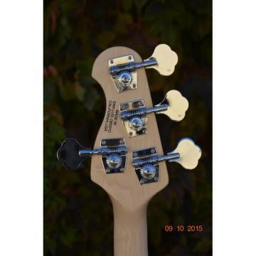 Custom Shop Music Man Sting Ray 4 String Bass 9 V Battery Passive Pickups