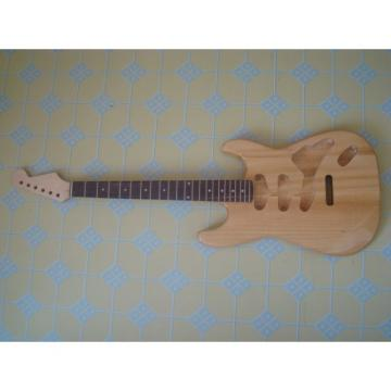 Custom Strat Fender Unfinished Guitar Kit