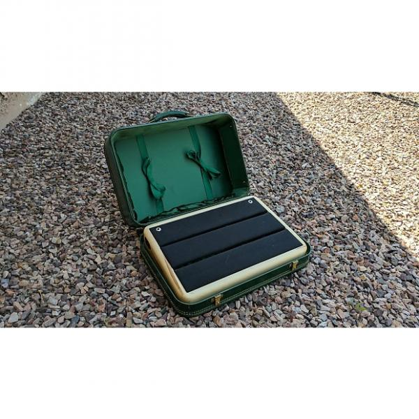 Custom Moon Custom Cabinetry Suitcase Pedalboard  Green / Natural maple #1 image